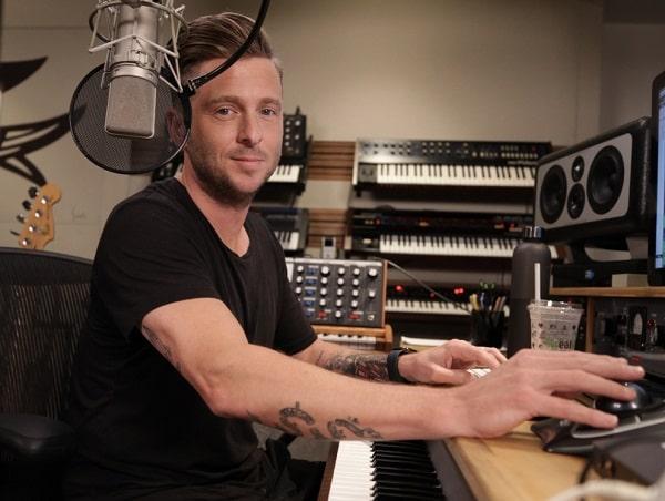 Write & Produce Hit Songs with Ryan Tedder TUTORIAL